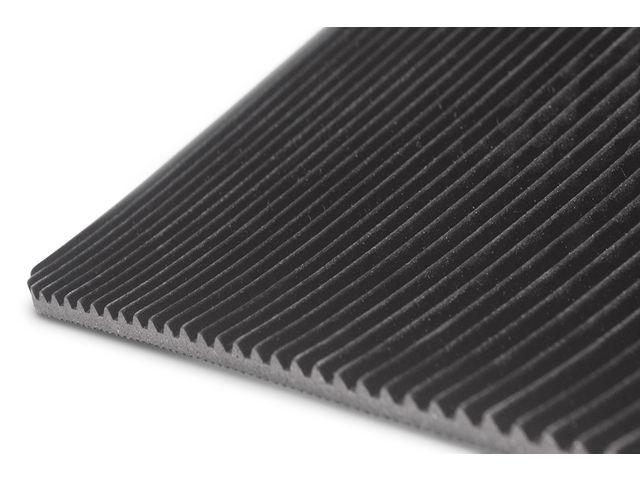 Rouleau tapis caoutchouc antid/érapant stri/é longueur 10 m
