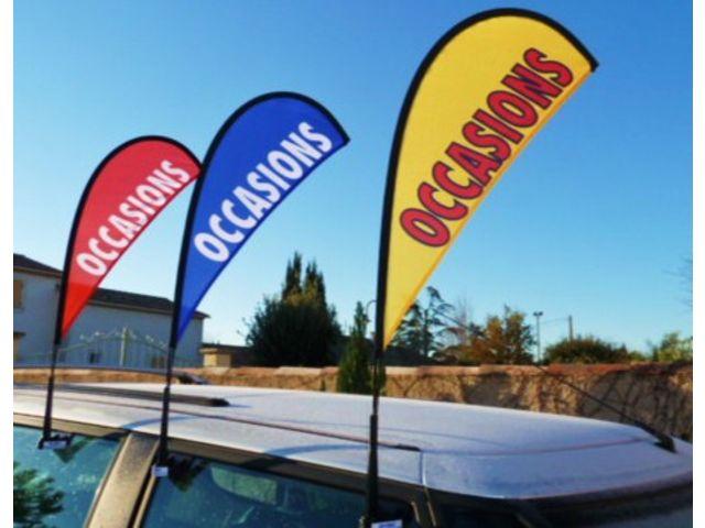 Mats drapeaux de vitres les flashys rotatifs de apa france for Plv garage automobile