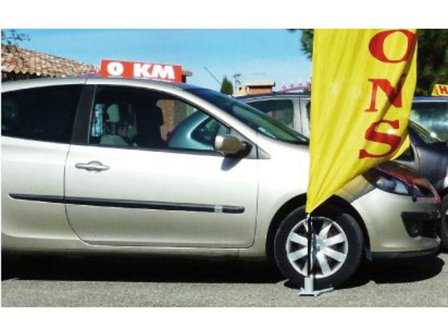 Drapeau kit mats voile eco flex de apa france for Plv garage automobile