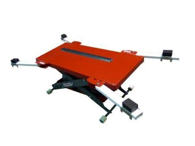 Pratique Et Efficace La Table L Vatrice Mini Amovible Minimax Permet De Lever
