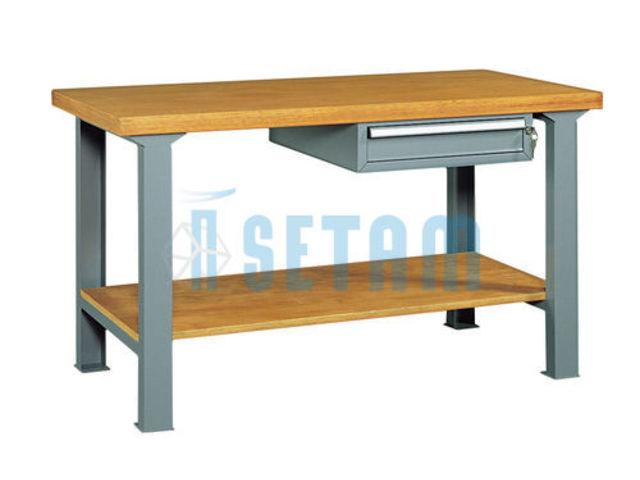 Etabli professionnel avec tiroir et plateau bois l2500 de for Assurance garage professionnel