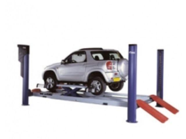 ponts l vateurs 4 colonnes g om trie 4 tonnes motorise 4949210 de fog automotive. Black Bedroom Furniture Sets. Home Design Ideas