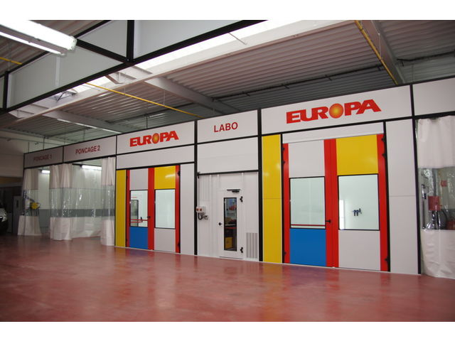 Location cabine de peinture le de france for Garage auto sarcelles
