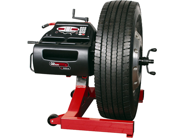 equilibreuse de roues offres et services de equilibreuse de roues equip garage. Black Bedroom Furniture Sets. Home Design Ideas